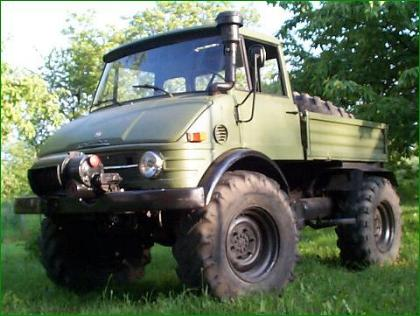 Unimog 406 with Werner Winch