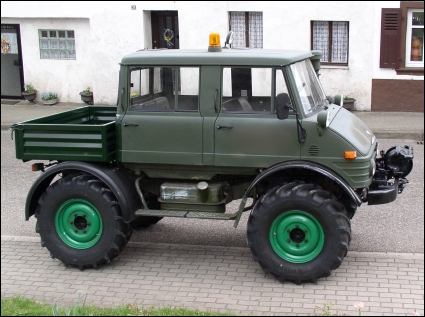 classic unimogs for sale 1980 unimog 406 doka low kilometers and hours. Black Bedroom Furniture Sets. Home Design Ideas